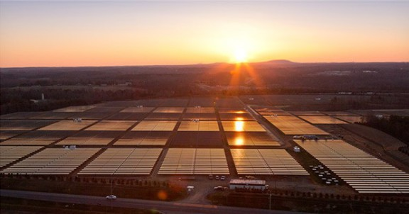 apple-solar-array